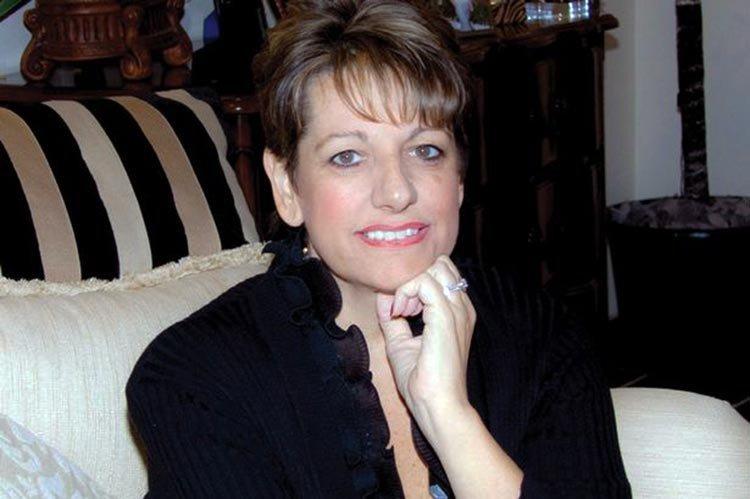Annmarie James-Thom