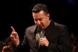 Levanto Mis Manos - Samuel Hernández