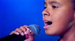 Niño con voz como la de Michael Jackson
