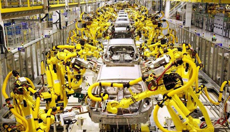 Yo Robot la culpa no es la inmigracion es la automatizacion perdida de puestos de trabajo reemplazo del ser humano