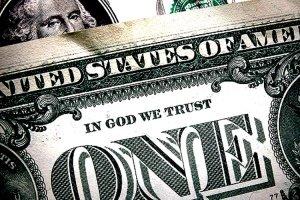 Juez de Nueva York desestima demanda contra In God We Trust en el dinero