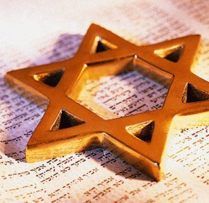 Por qué un creciente número de latinos cristianos se convierten al judaísmo