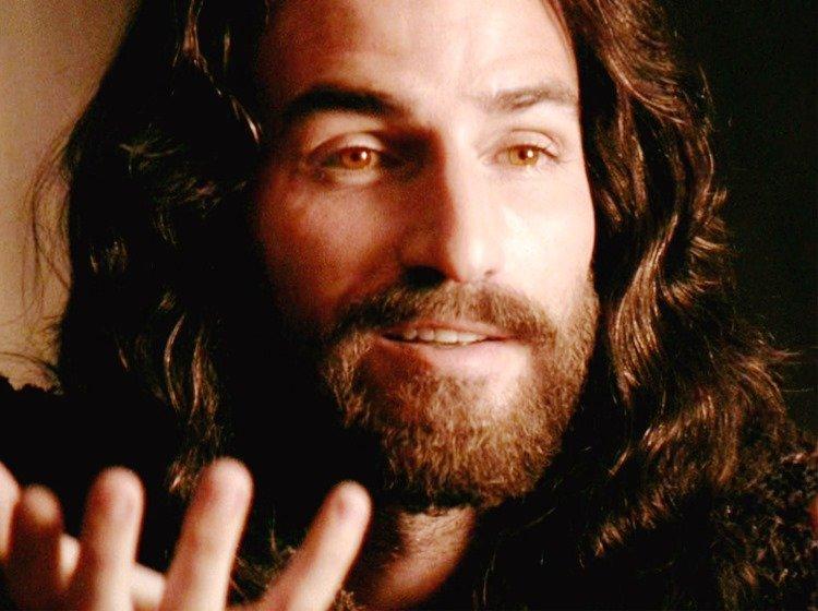 Cómo sería Jesús si caminaría hoy por la ciudad