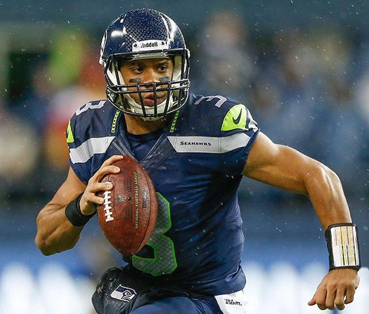 Russell Wilson, jugador de la NFL dice que se convirtió al cristianismo después de que Jesús se le apareció en un sueño