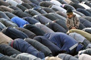 Niño musulmán es sanado de la ceguera