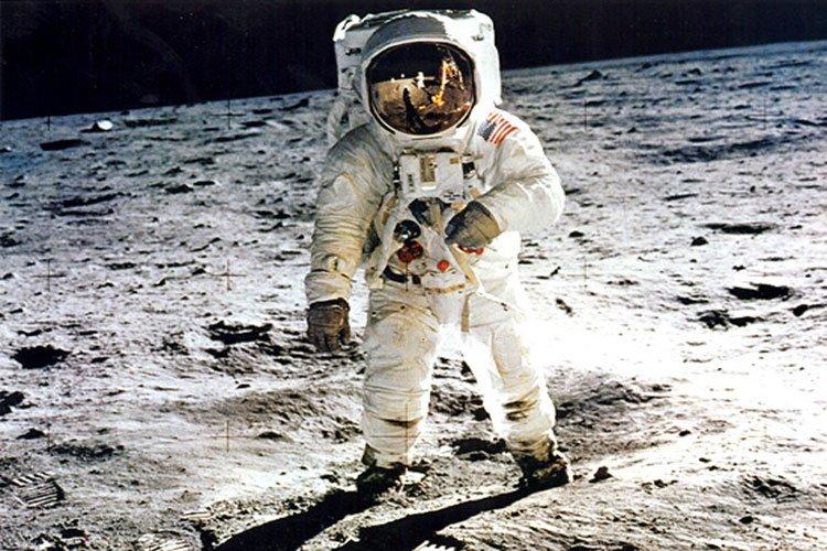 Buzz Aldrin tomó La Santa Cena en la luna