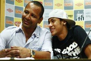 El padre de Neymar dice que Dios le hará un milagro