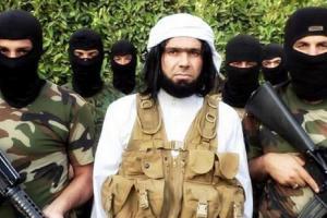 Niño cristiano de 5 años es cortado al medio por ISIS