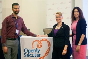 Ser abiertamente secular eliminaría el estigma