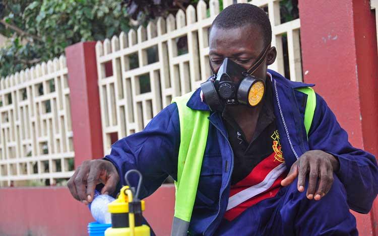 ébola se transmite por el aire