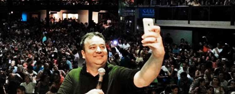 "Iglesia crea ""Culto selfie"""