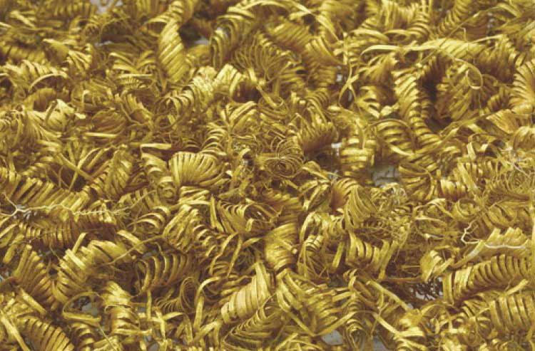 Arqueólogos desconcertados por 2000 espirales de oro