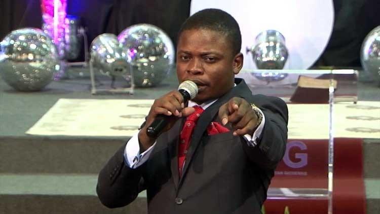 Profeta cristiano que levita