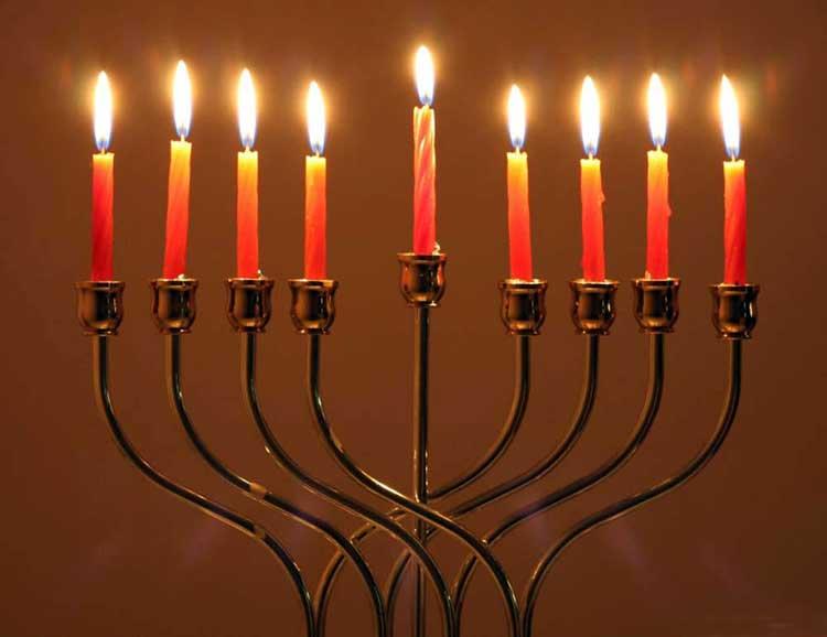 Hanukkah – luz en la oscuridad