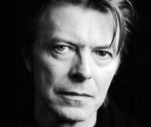 David Bowie, experimentó con el cristianismo