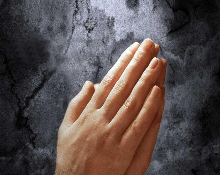Ateo admite: Dios se cierne a mi alrededor
