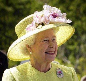 Reina Elizabeth II habla de su fe en Jesucristo