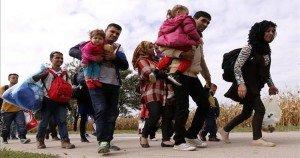 Iglesia donó 3.500 zapatos a campo de refugiados
