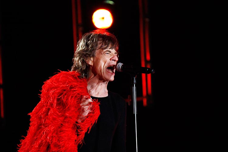 Los Rolling Stones invocan al diablo