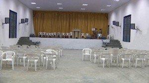 Se refugia en la iglesia, acepta a Jesús y muere
