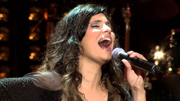 Aline Barros, La cantante cristiana más popular según Forbes