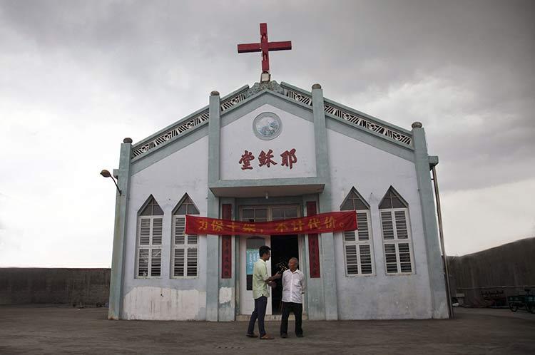 Iglesias están obligadas a dar diezmos al Gobierno