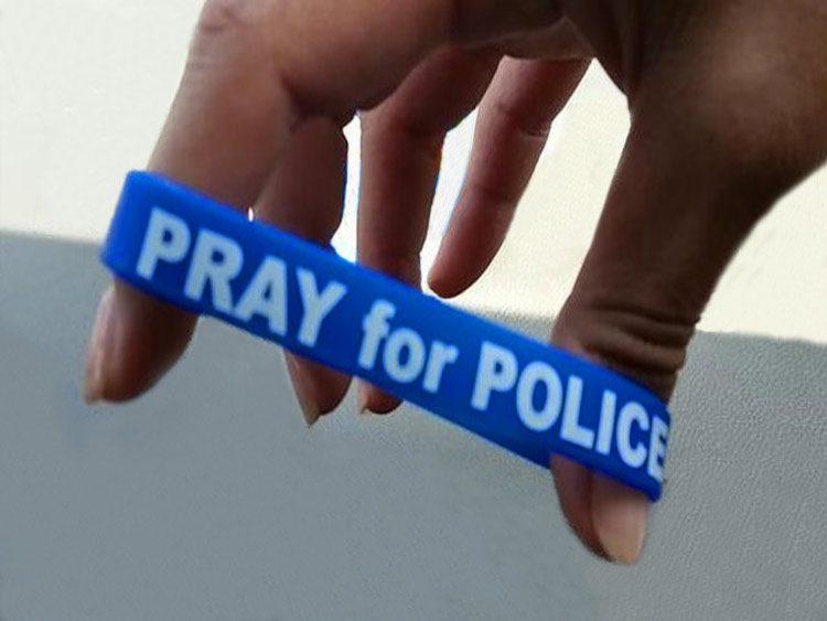 Policía de Houston recluta intercesores en oración