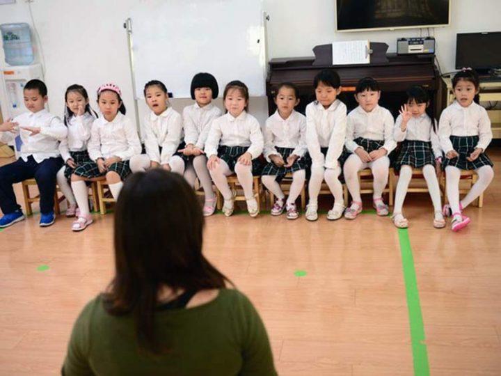 Abogada – en China los niños nunca oyeron de Dios