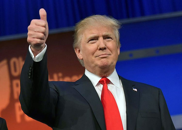Acto contra el demonio para proteger Donald Trump