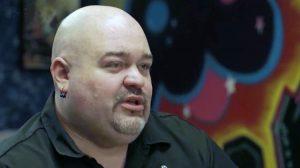 Pastor ex pandillero que borra tatuajes gratis