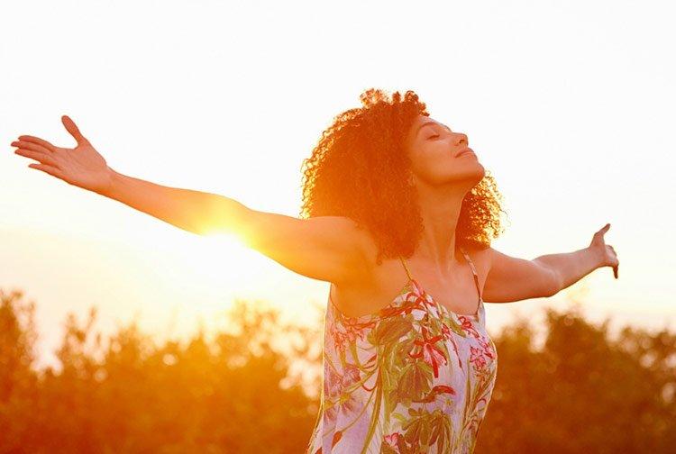 Aprenda de los evangélicos como ser feliz en la vida