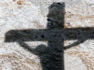 En Irak, si amas a Jesús morirás como él crucificado