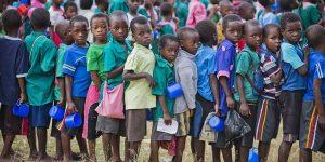 Para los niños - Cómo alimentar un millón al día?