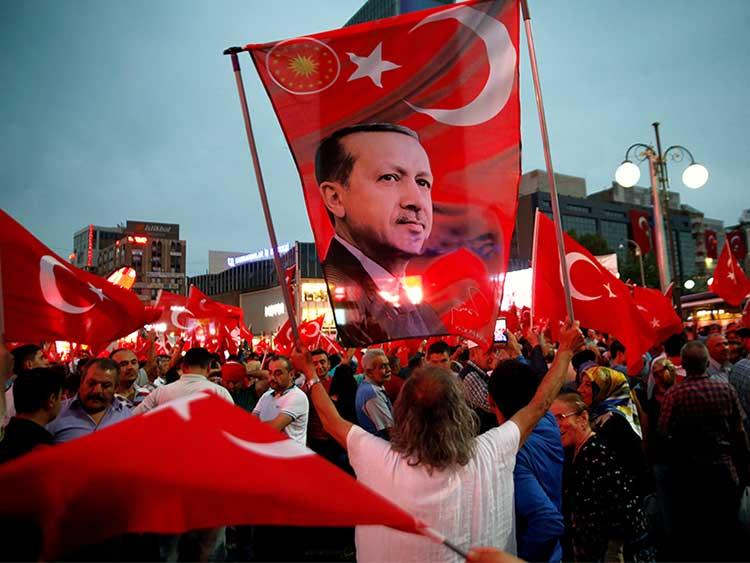 Turquía apunta contra los pastores protestantes