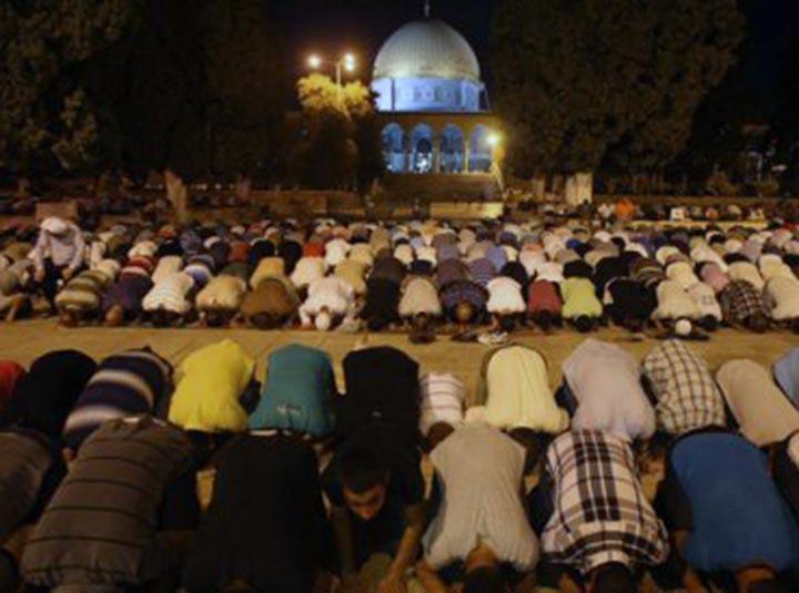 Invasión de musulmanes en el Monte del Templo