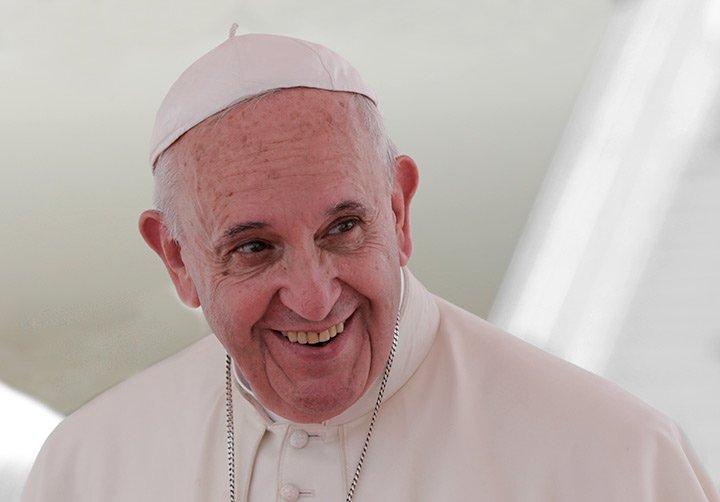 El Papa Francisco bendijo una pareja homosexual