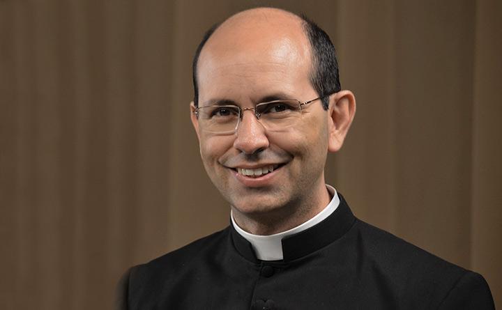 Evangélicos representan el cristianismo, dice representante de la Iglesia Católica
