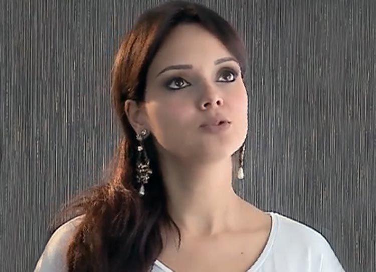 Actriz de cine adulto - Sí, se puede salir por la fe en Jesús - testifica una joven