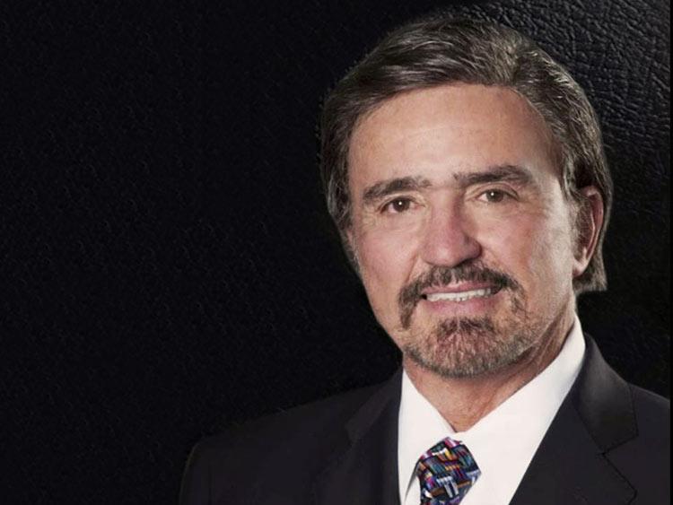Pastor Armando Alducín crea controversia al interpretar que Estados Unidos va a desaparecer según Apocalipsis