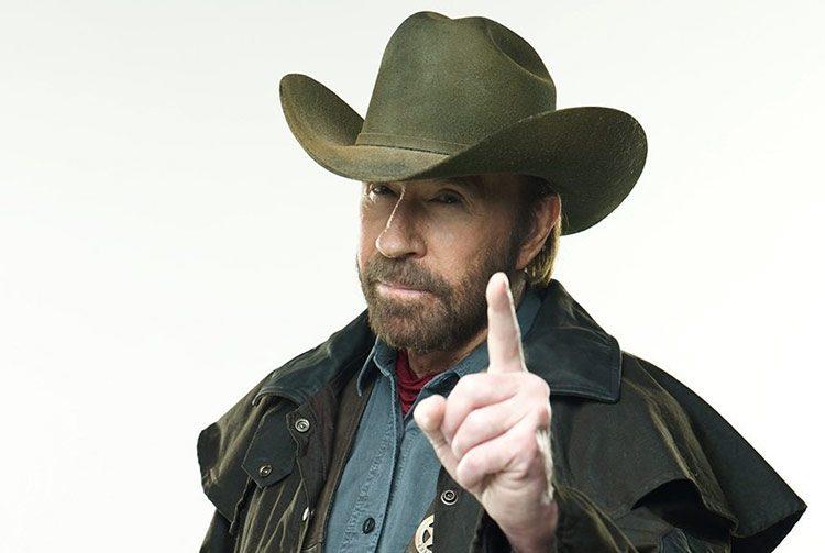 Chuck Norris dice que su éxito fue un Propósito de Dios