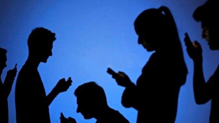 Ex empleado de Facebook advierte de un apocalipsis digital