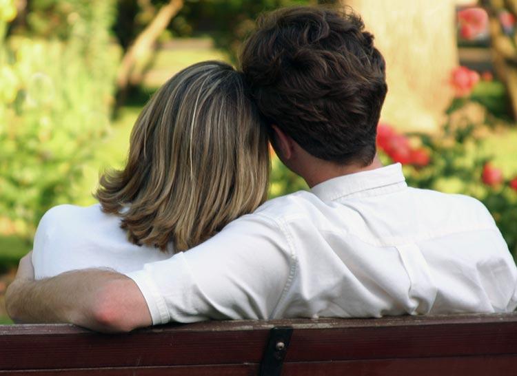 10 versículos de la Biblia sobre el amor y su significado
