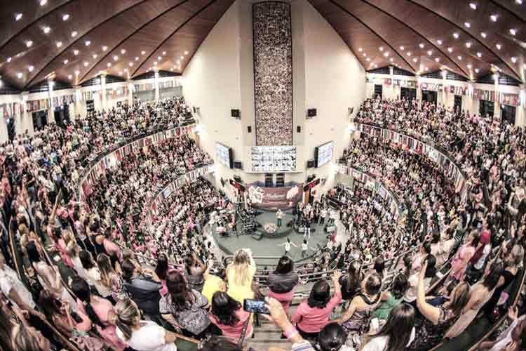 Abrir una iglesia en un Centro Comercial ¿Es correcto?