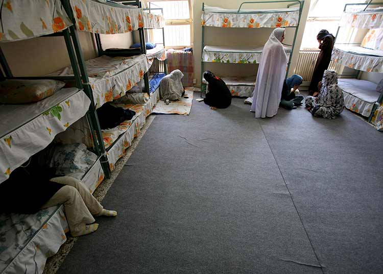 El poder de Dios en las prisiones de Iran